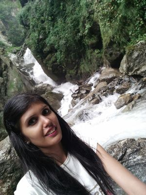 To my first ever trek and love for waterfalls❤️ #SelfieWithAView #TripotoCommunity