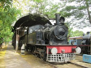 National Railway Museum - Delhi | Museum Contains Real Trains