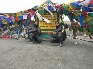 Unprecedented Expedition: These Two Women Rode From Kanyakumari To Leh On Bike In Just 129 Hours