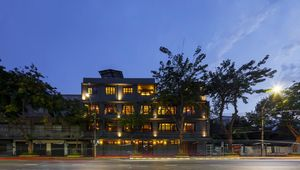 Bangkok Publishing Residence Magically Blends Old World Charm With Modern Luxuries