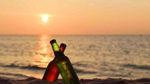 Booze & Beaches: Drink A Lot & Hold Your Pee To Win This Alcohol-Drinking Competition In Goa