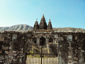 "Bhangarh - ""India's most haunted place"""
