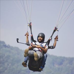 A solo trip to the highest paragliding point in lndia #AdventureActivity