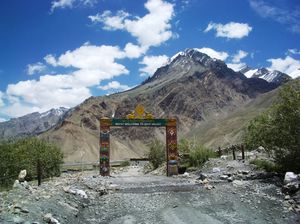 How To Reach SPITI - The Most Offbeat Place In Himachal Pradesh