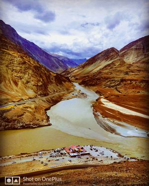 Sangam : The confluence of river Zanskar and river Indus.