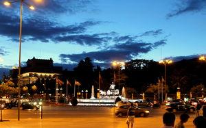 Plaza de Cibeles 1/3 by Tripoto