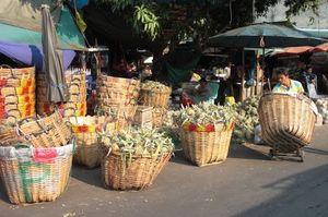 Saphan Khao Fruit Market Dusit Thailand 1/undefined by Tripoto