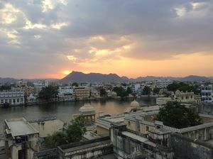Exploring Udaipur like a traveller