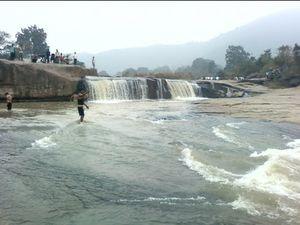 Khasada Waterfall 1/undefined by Tripoto