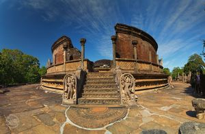 Well Known Places to visit in Polonnaruwa – Experience the Splendor of an Ancient City