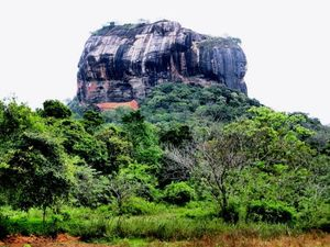 Sigiriya Rock Fortress 1/14 by Tripoto