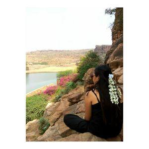 Badami caves in Bagalkot Karnataka .Filmy location from Rowdy Rathore movie!