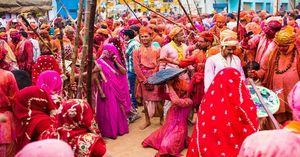 Why Lathmar Holi celebrated in Barsana?