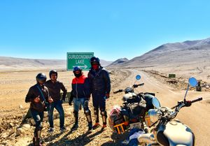Confronting death..Conquering Fear..Bike Trip to 17800ft.. Gurudongmar lake.