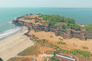 Vijaydurg Fort – The most impregnable sea fort in Konkan coastlines