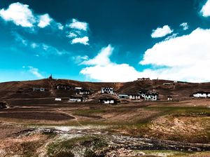 """SPITI TEACHES YOU !!      How you can creat your own """"WORLD WITHIN A WORLD"""""""