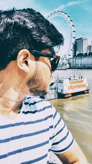 Look at me like I look at the London eye. ???? @tripoto