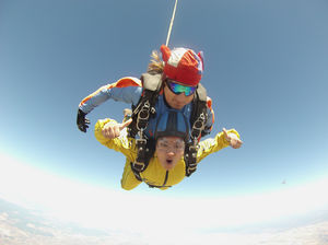 Skydive Spain- Fall From 15000ft- Jump In The Sun