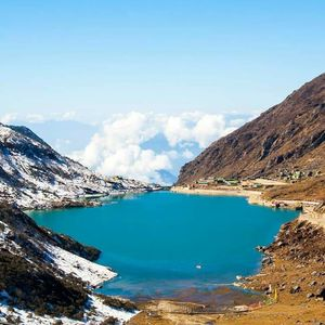 Tsongmo Lake or Changu Lake, is a glacial lake in the East Sikkim http://www.easthighlandstours.com/