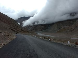 The Manali- Leh bike journey