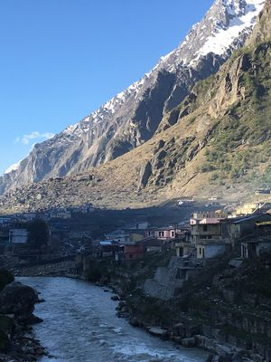Luxury + road trip+ Teerth yatra + weekend getaway = Badrinath Yatra #Luxury#Yatra#MountainsCalling