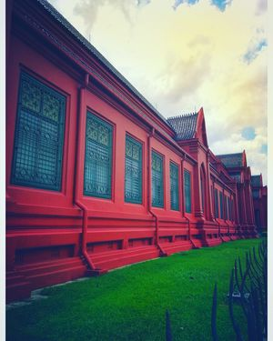 "#BestTravelPictures@tripotocommunity@jetairways Theme""Architecture"" Red and bright with a green lawn"