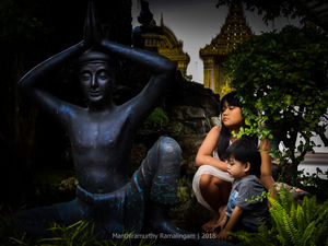 Beautiful Sculptures !! (Not the black stone though) :) :) Theme :People #BestTravelPictures