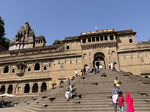 Walk the talk with city of Maheshwar...
