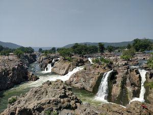 Niagara falls of India is just 100 kilometers from Bangalore