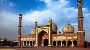 Explore the Charm of Old Delhi - The Walled City