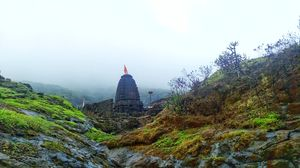 Will You Dare to Trek this Centuries Old Fort and Ancient Caves in Sahyadri ?