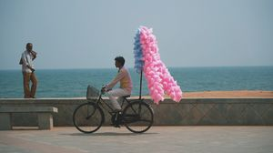 Cinematic noon along at Promenade Beach (Pondicherry)