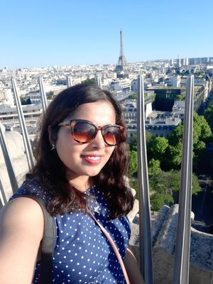 Selfie with the iconic Eiffel #SelfieWithAView #TripotoCommunity