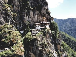A gem at the neck of India, all you need is a week to bask: Bhutan #nearindia