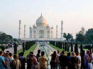 Unaging beaut Taj Mahal Montage-d from Various places