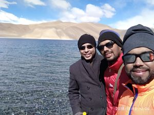#SelfieWithAView #TripotoCommunity Most beautiful lake and dry mountains with childhood friends ????