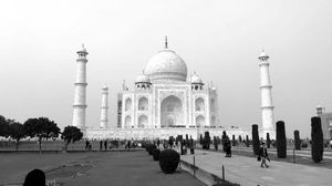 Top place to visit in Agra - Taj Mahal