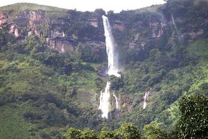 Kalhatti Falls 1/undefined by Tripoto