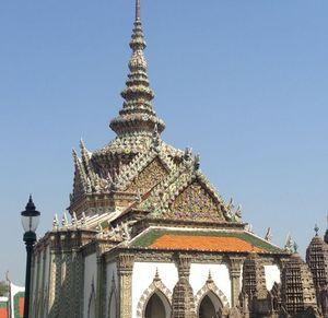 Phra Wihan Wat Phra Kaeo Noi 1/undefined by Tripoto