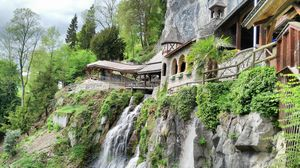 St. Beatus Cave – A Mythological Cave on the Shores of Lake Thun,  Switzerland