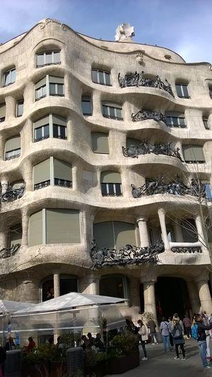 Casa Milà 1/undefined by Tripoto