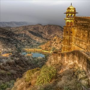 Do you know why Amer Fort,Jaipur is also know as Amber Fort?