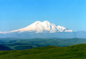Mt. Elbrus Challenge (5642 m/18510 ft)