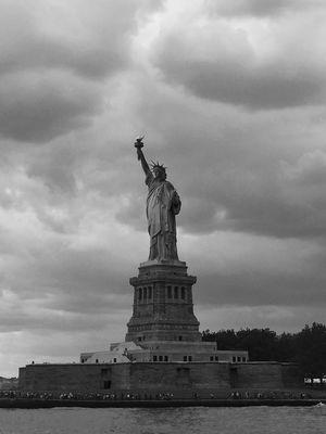 Liberty Island 1/undefined by Tripoto