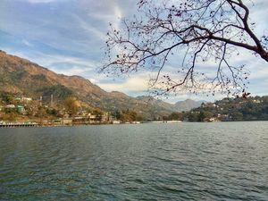 Naukuchiatal | Lake of Leisure | Kayaking