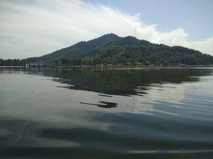 Dal Lake- the crown of Srinagar