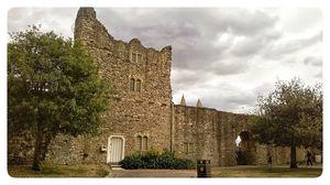 Rochester Castle 1/1 by Tripoto