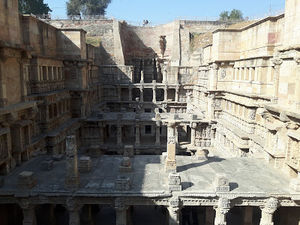 A road trip to Gujarat - Rani ki Vav at Patan, Sun Temple at Modhera, Adalaj ki Vav and the ruins of
