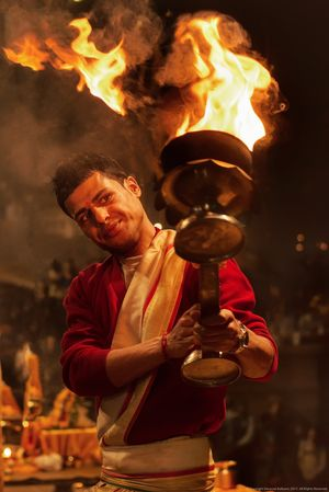 अग्नि  #varanasi #bbctravel #natgeo #natgeoindia #natgeotravel #natgeotraveller #tripotocommunity