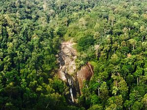 Seven Wells Waterfall 1/undefined by Tripoto